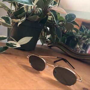 modcloth tiny shades